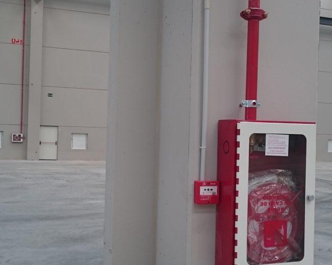 Detección y alarma manual de incendios en industria de fabricación de envase plástico en Valencia.