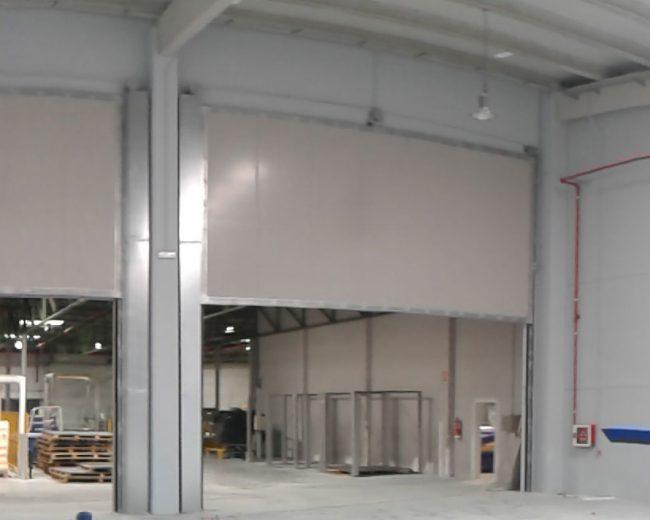Puertas cortafuego de tipo guillotina para fábrica de transformación de espumas de poliuretano flexible en Valencia